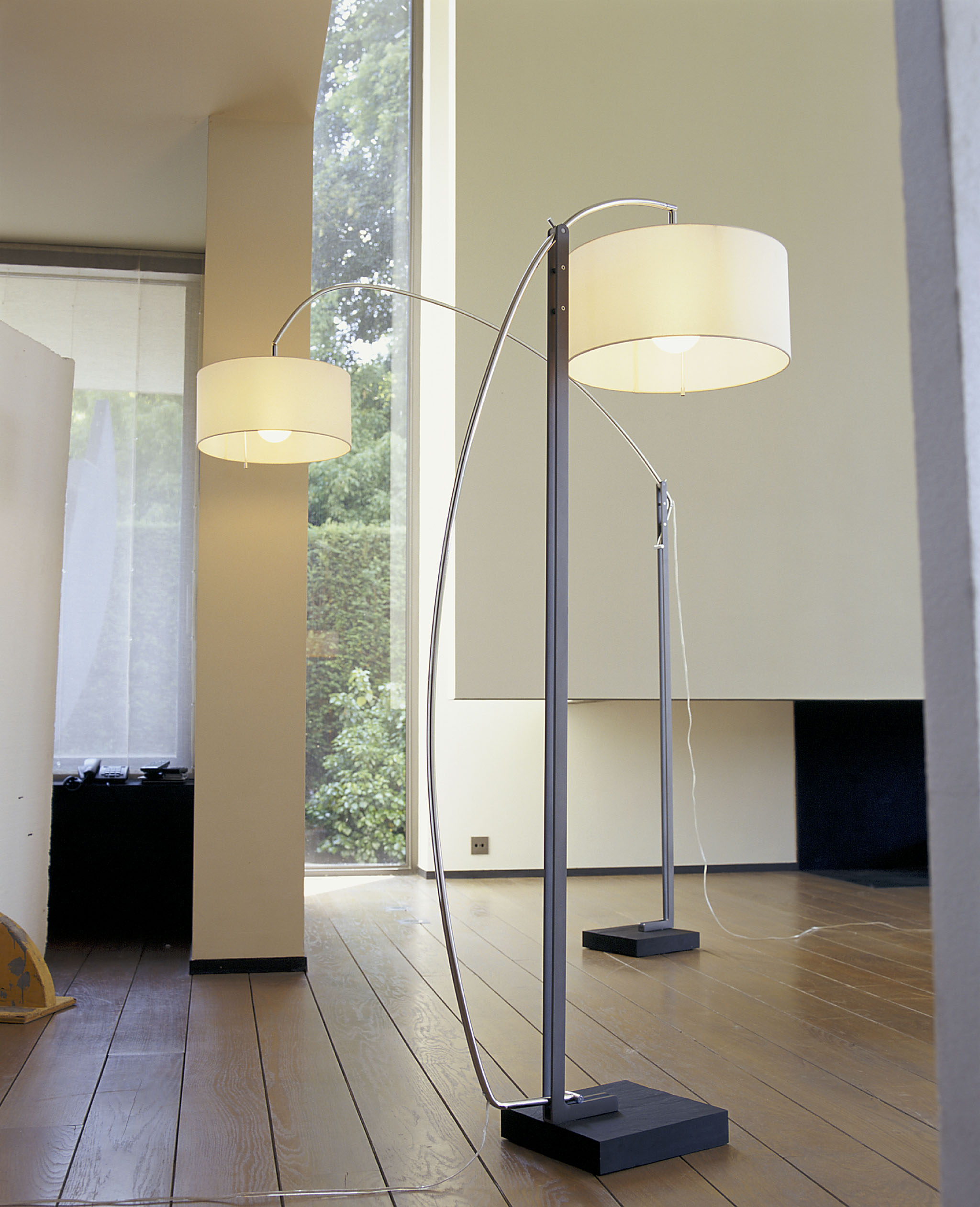 mama floor lamp domo. Black Bedroom Furniture Sets. Home Design Ideas
