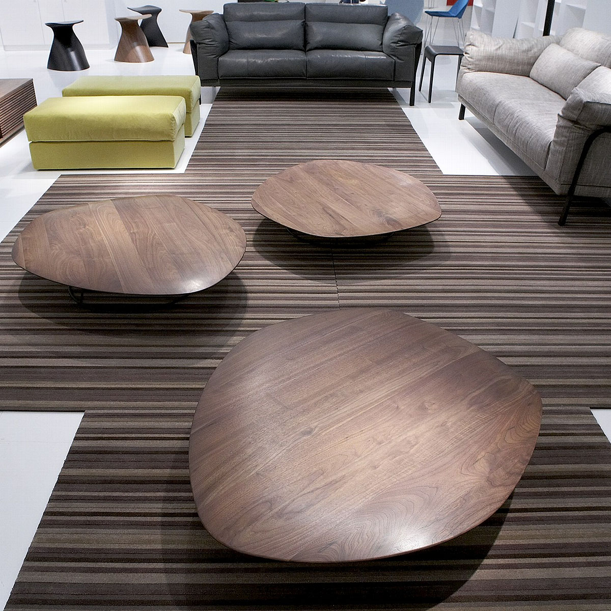 pebble low table concave domo. Black Bedroom Furniture Sets. Home Design Ideas